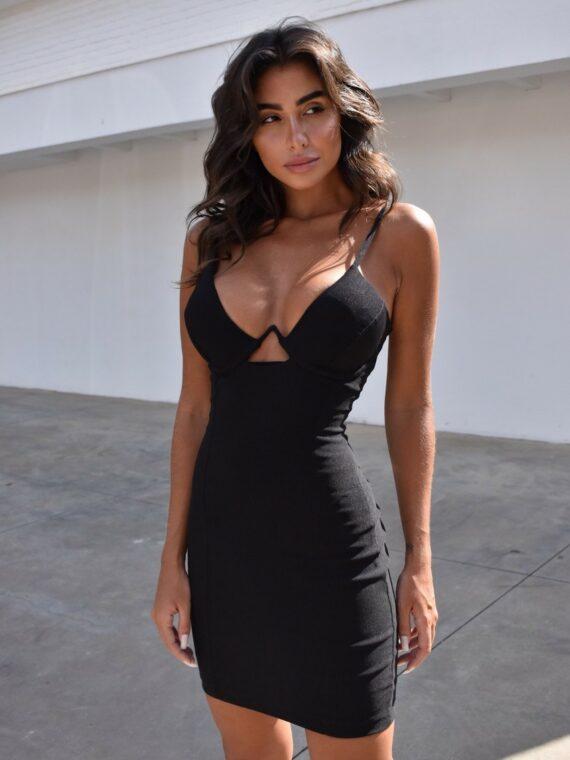 vestido curto preto pimpnella