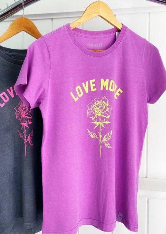 t-shirt lilas