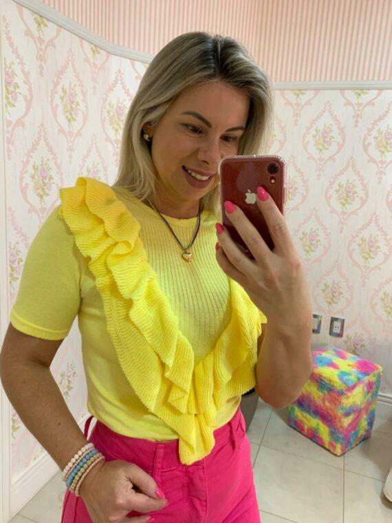 blusa de tricot com babados