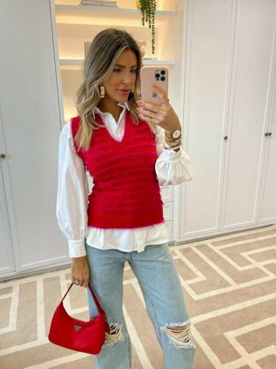 Colete de tricô vermelho